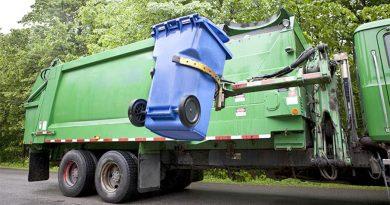 Servicio Temprano de Recolección de Basura y Reciclaje / Trash pickup to begin one hour earlier