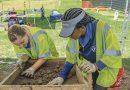 Más misterios mientras continúan las exhumaciones de tumbas / More mysteries as grave exhumations continue