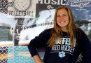 Conmoción en EEUU: una jugadora de lacrosse murió en un concurso de comer salchichas / Student, 20, dies after hot-dog eating competition